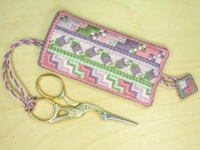 6. Fritillary Scissor Pocket