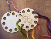 Circular Thread Holder